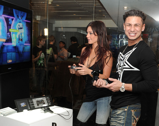 jersey shore pauly d hook up The jersey shore: family vacation pauly d is the only one who ended up with a career which is the girl he dumped to do the first show and kept on the hook in.